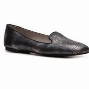Tahari Clementine Flats Loafers Metallic Pewter